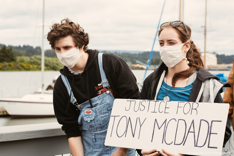 BLM-Protests-coos-bay-6-7-Colton-Photography-030.jpg