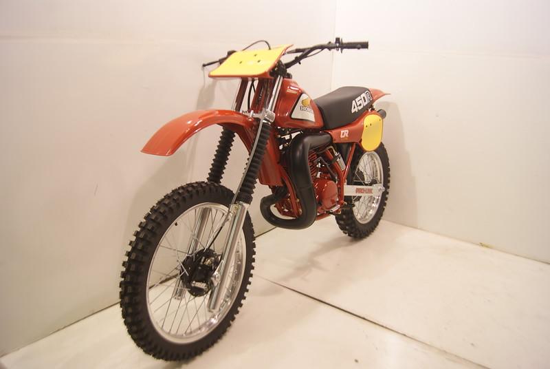 81CR450.JPG