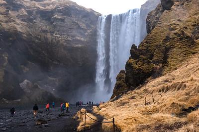 Waterfalls and Geysir