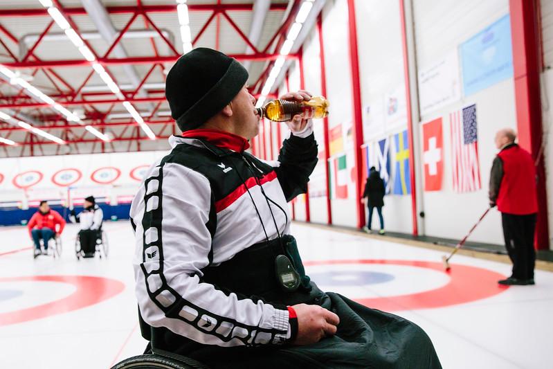 Paralympic_Pressekonferenz_Curlinghalle_rivella.jpg