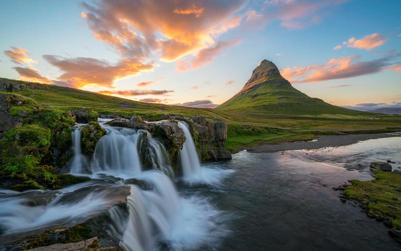 Kirkjufell Sunset  -  Iceland.jpg