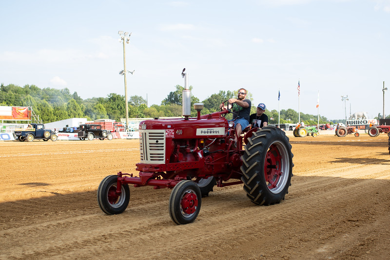 Antique Tractor Parade-39.jpg