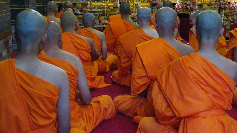 Monks chanting at Wat Pho.
