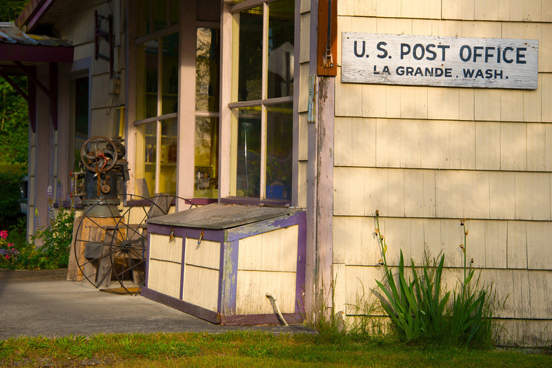La Grande Post Office.jpg