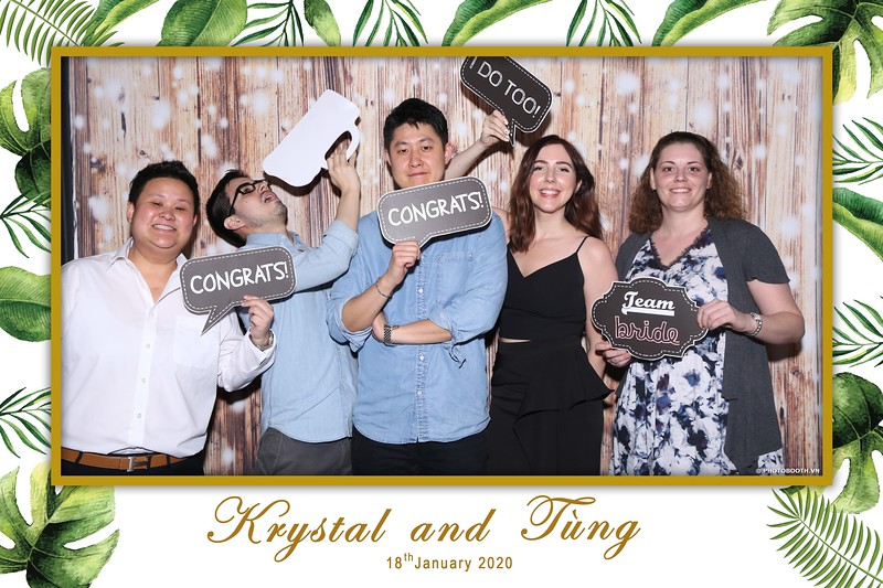Krystal-Tung-wedding-instant-print-photo-booth-in-Ho-Chi-Minh-City-Chup-hinh-lay-lien-Tiec-cuoi-WefieBox-Photobooth-Vietnam-057.jpg