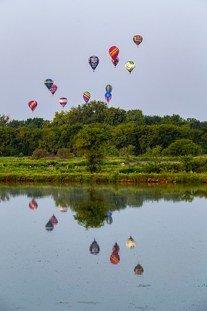 Hot Air Balloons over Des Moines Water Works Park
