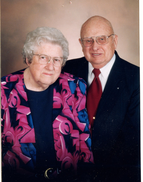 """Frank Alexander Yount (1913-2004), Margaret Louise (Dew) Yount (1916-2003)  Written in the Rogers Reunion Photo Album Volume III page 42 on the card """"Seasons Greetings, The Frank Younts, 1937-1997"""""""