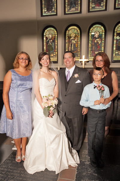 weddingphotographers395-2128392685-O.jpg
