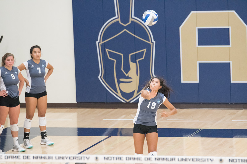 HPU Volleyball-92285.jpg