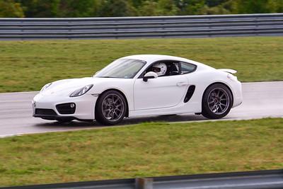 2020 SCCA TNiA Sept2 Pitt Race Int White Porsche GT4