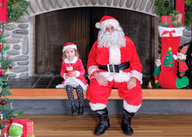 CB Santa 2019-7652.jpg
