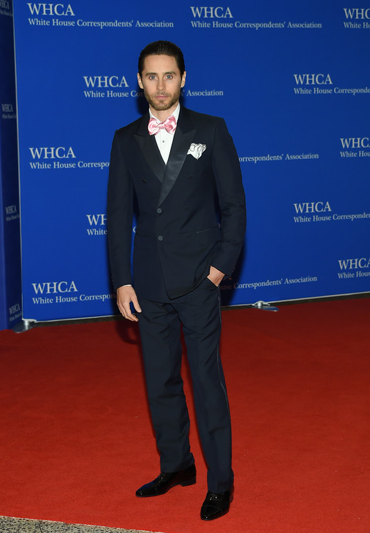 . Jared Leto arrives at the White House Correspondents\' Association Dinner at the Washington Hilton Hotel on Saturday, April 30, 2016, in Washington. (Photo by Evan Agostini/Invision/AP)