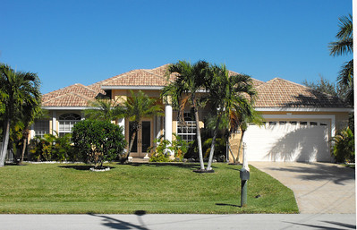 Cape Coral Homes For Sale, Presented by Roland Theis P.A. SW 39th Ter. Cape Coral Florida
