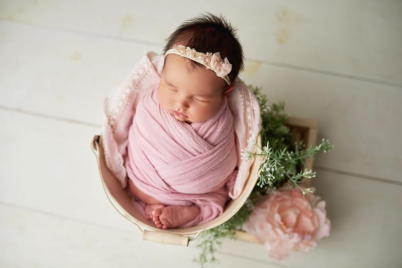 newbornphotographerpayton.jpg