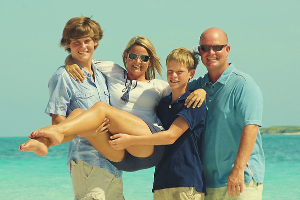 The Crabtree Family - Bahamas Vacation Family Photography - Tropic of Cancer Beach, Little Exuma, Bahamas