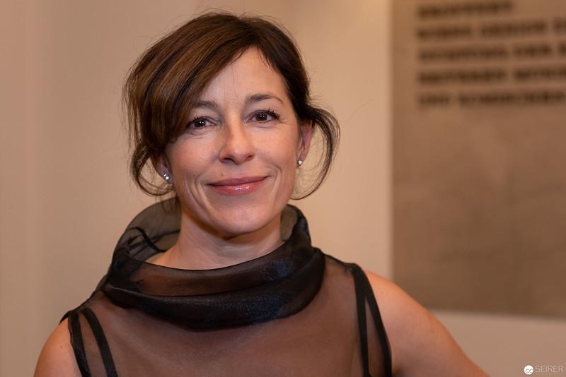 Julia Cencig - Nestroy Verleihung 2018