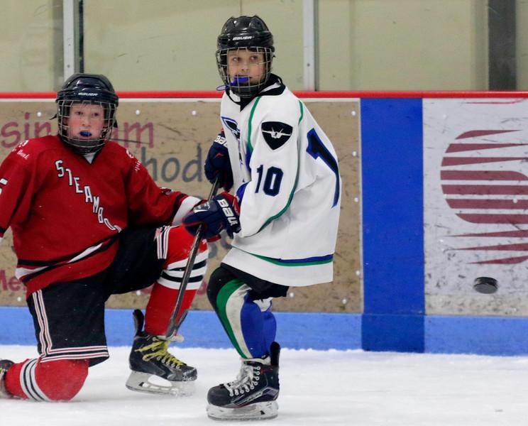 2016-Feb_12-Hockey-JPM2034.jpg