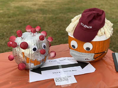 5th Grade Pumpkin Carving Contest