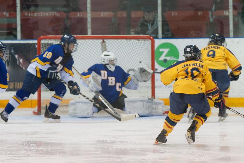 20130310 QWHockeyvsUBC 546.jpg