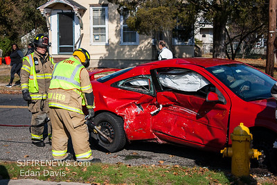 11/25/2018, MVC with Entrapment, Millville, Cumberland County NJ, E Main St. and S. 5th St.