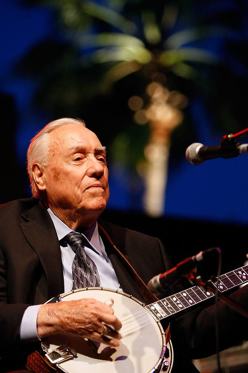 . Musician Earl Scruggs.  (Photo by Michael Buckner/Getty Images)