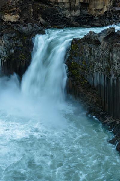 ICELAND-ALDEYJARFOSS-63.jpg