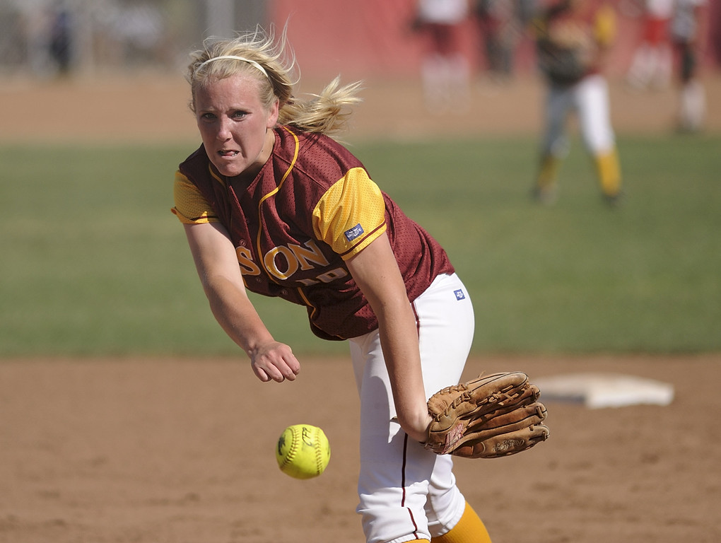 . LONG BEACH, CALIF. USA -- Wilson\'s Emma Marcil (00) delivers a pitch against Lakewood in Lakewood, Calif., on May 2, 2013. Lakewood defeated Wilson 11-1 in five innings.  Photo by Jeff Gritchen / Los Angeles Newspaper Group