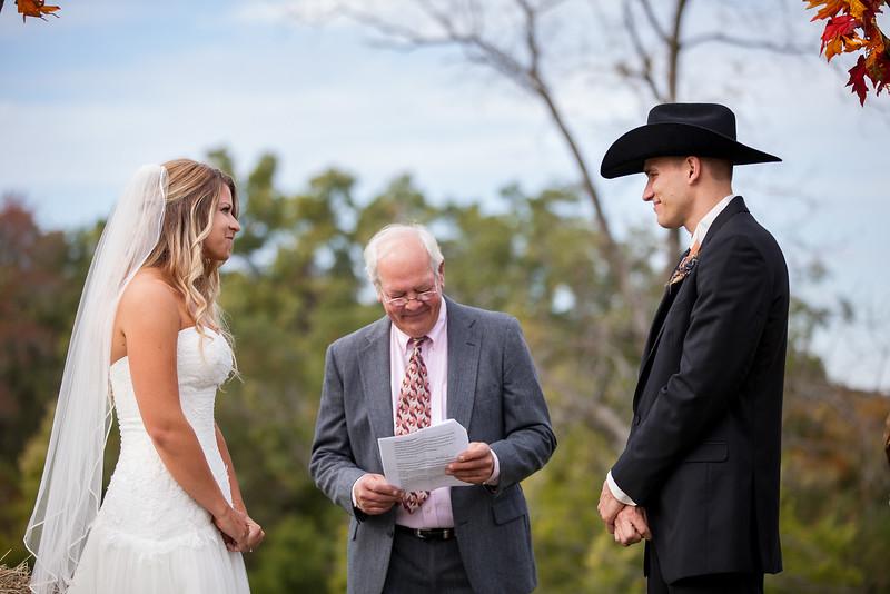 KALandrum_Wedding_Colonel_Bolton_Home_Jefferson_City_MO_Photographer-14.JPG