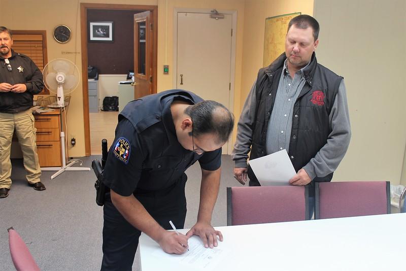 2016 1206 Officer Oscar Martinez (1).JPG