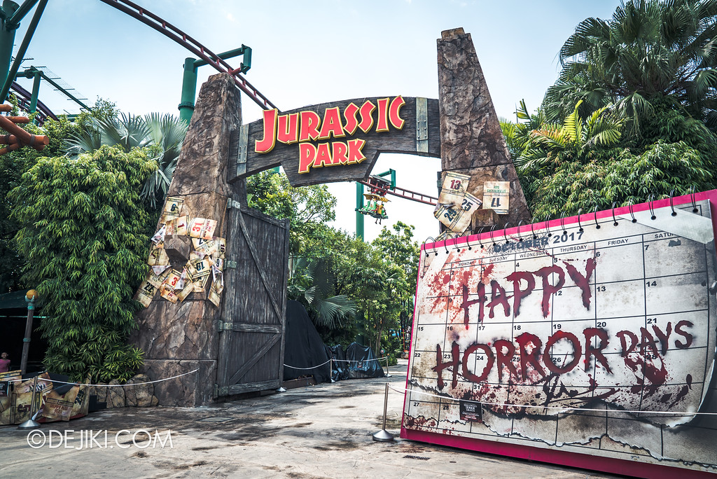 Halloween Horror Nights 7 Preview Construction Update Before Dark 4 - Happy Horror Days entrance