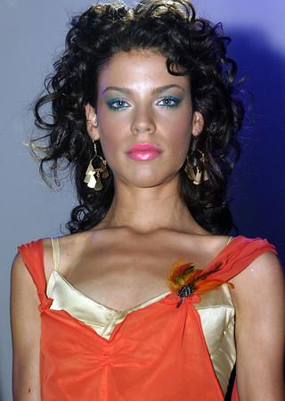 Fashion Cares Media Event - 2004