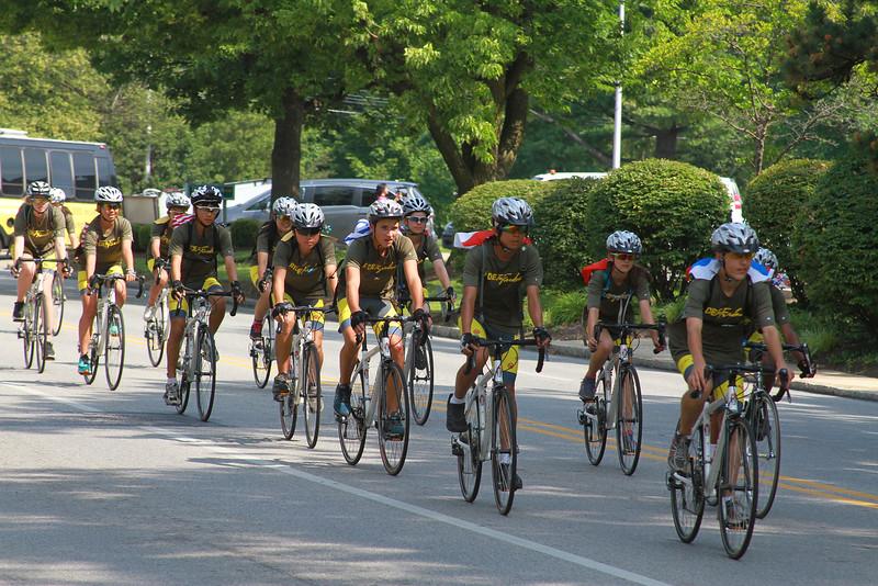 R2F-group-ride_2669.jpg