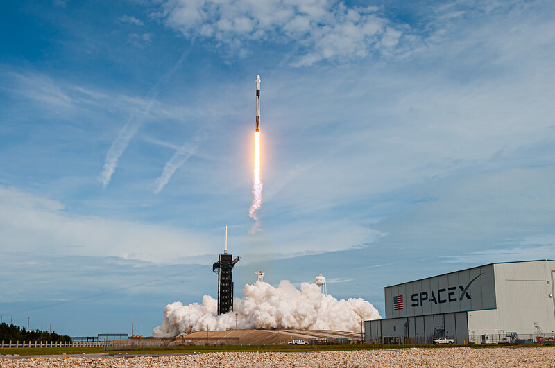 Falcon 9 launches Crew Dragon's Inflight Abort Test