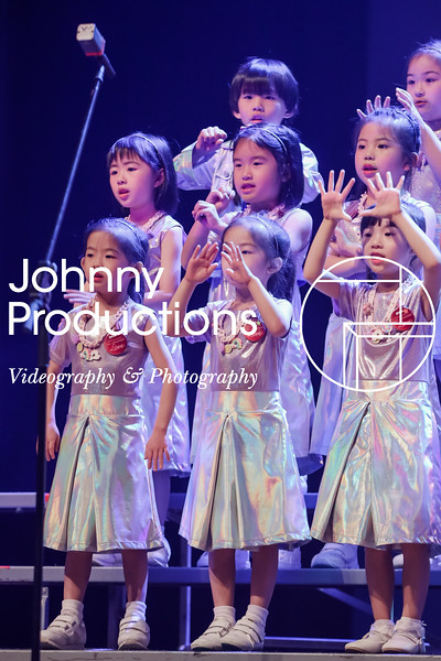 0006_day 1_orange & green shield_red show 2019_johnnyproductions.jpg
