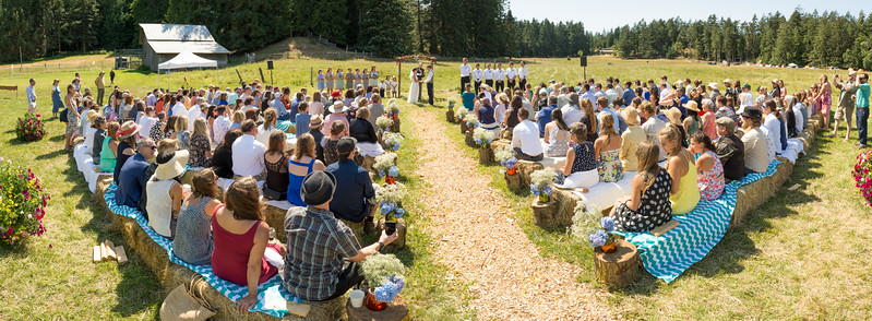 ceremony panorama.jpg