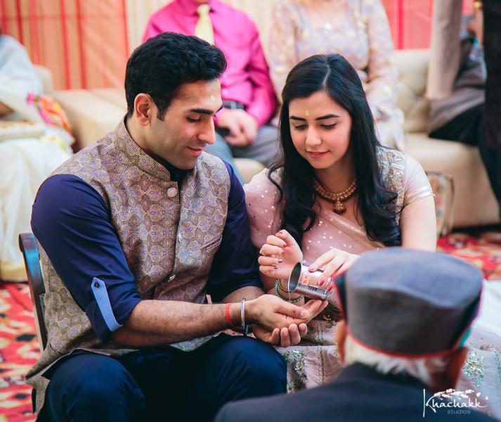 best-candid-wedding-photography-delhi-india-khachakk-studios_02.jpg