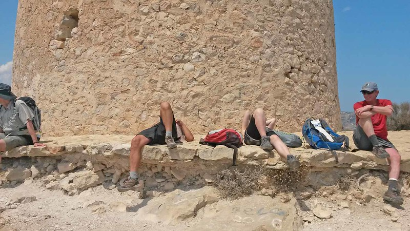 Tired mountain friends at El Portet after a 5 hour hike from Cumbre