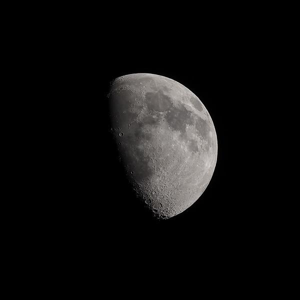 Gibbous moon 67% 21st April 2021