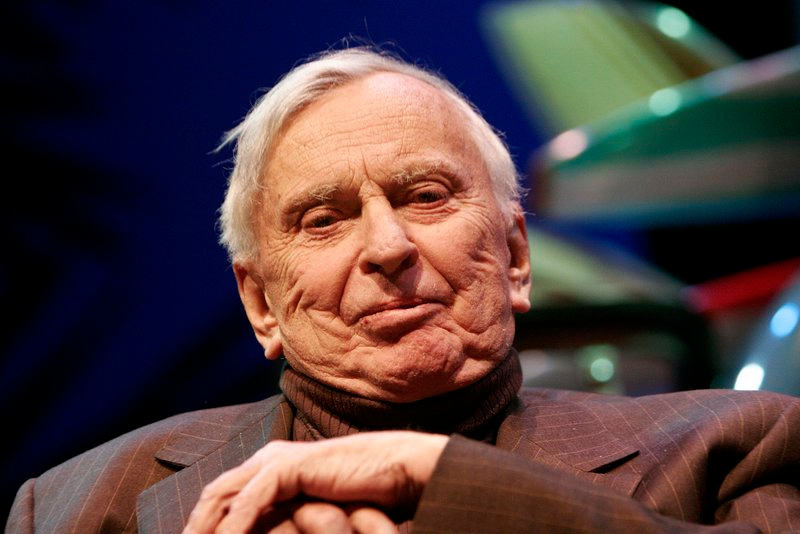 ". <p>10. (tie) GORE VIDAL <p>Probably not a good sign when your relatives say you were a pedophile. (unranked) <p><b><a href=\'http://www.dailymail.co.uk/news/article-2496631/Family-Gore-Vidal-allege-pedophile-challenge-writers-37-million-will.html\' target=""_blank\""> HUH?</a></b> <p>    (Charley Gallay/Getty Images)"