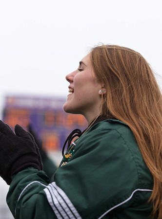 2014 Zeeland West vs Muskegon Sideline Cheer