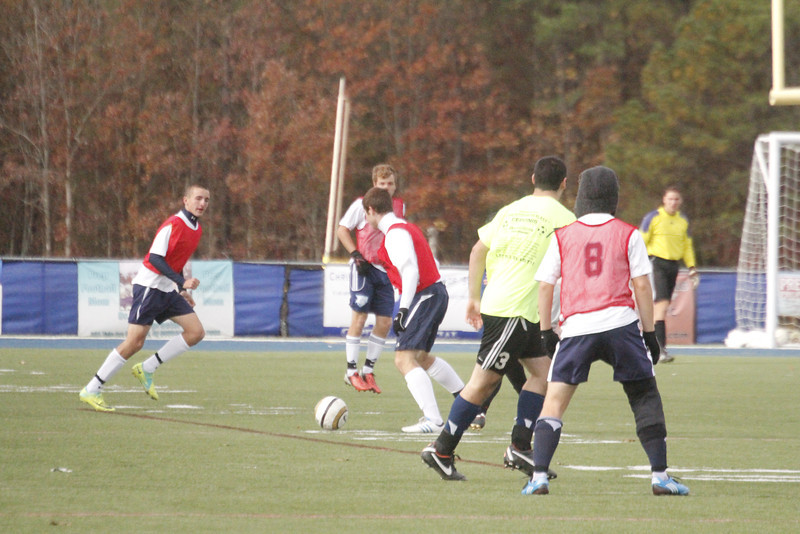 Prep soccer team against Alumni - didn't get good pix here either b/c I was really freezing and was also trying to do some different settings.....