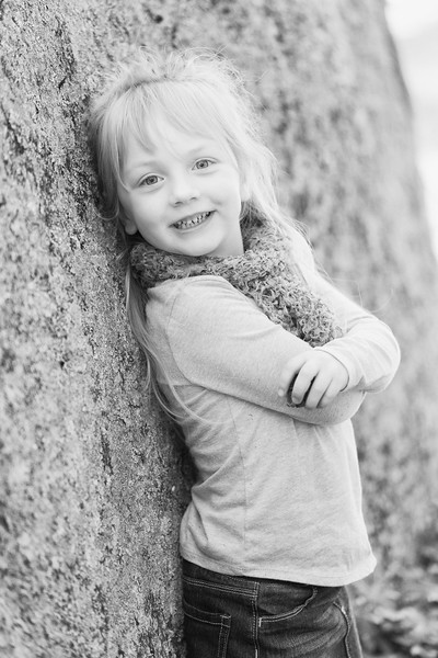 Layla-and-Annie-Fall-2015-015-BW.jpg