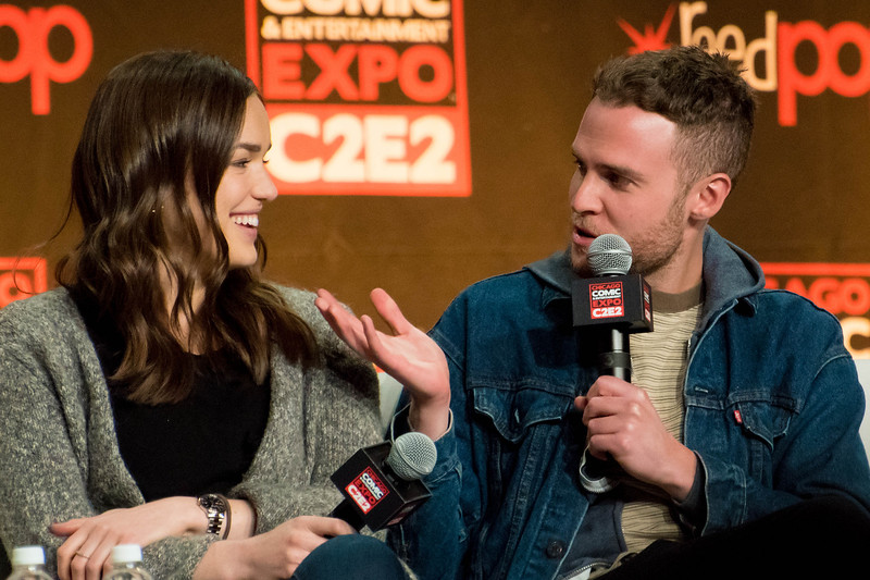 Elizabeth Henstridge and Iain De Caestecker