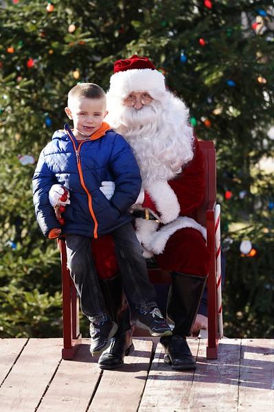 Santa In The Park 20190097.JPG