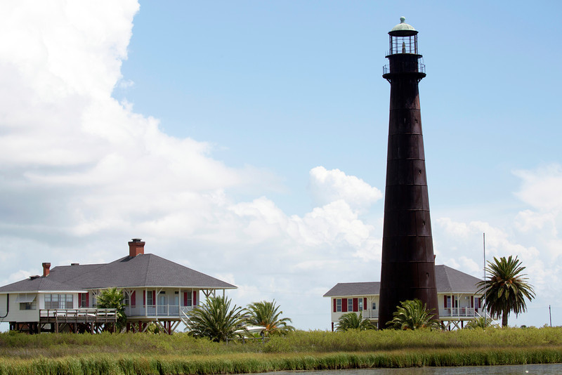We reach Bolivar after a 2-1/2-mile ride.  The Bolivar Lighthouse greets us.