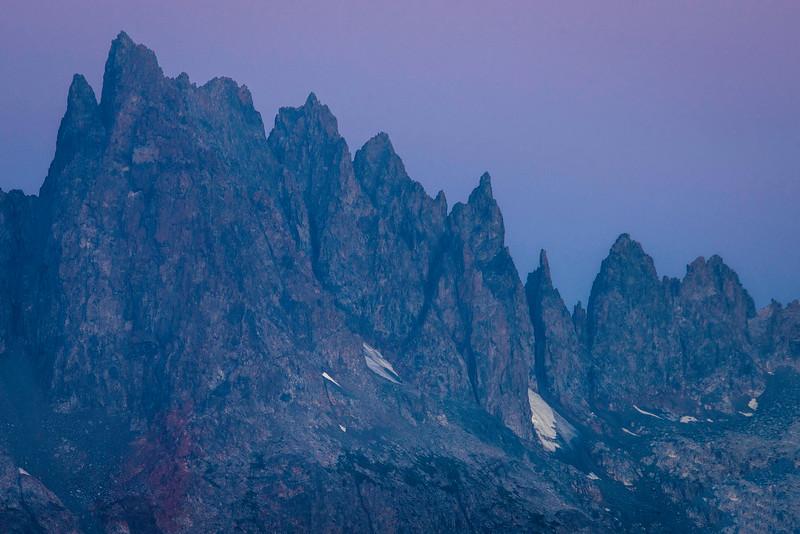 Minarets_Ansel_Adams_Wilderness_Dusk__DSC2582.jpg