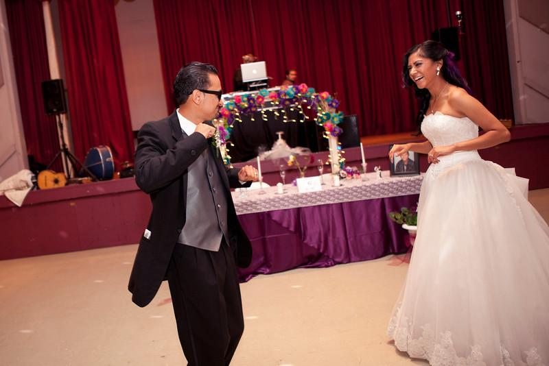 2011-11-11-Servante-Wedding-358.JPG