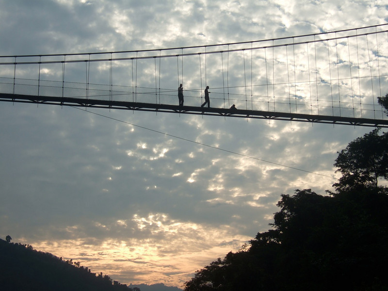 Melissa: suspension bridge