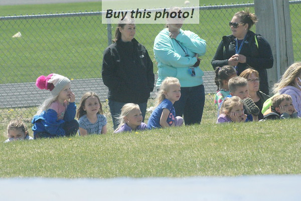 BBE elementary: track/field day 05-06