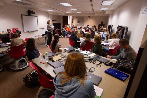 10/4/13 Dietetics and Nutrition Class Meeting In 316 Butler Library